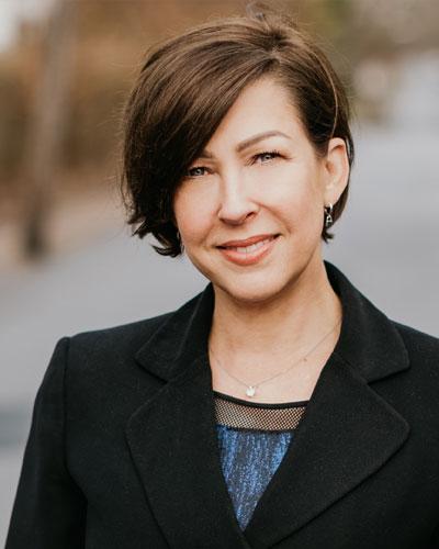 Martinsburg Injury Lawyer Laura C. Davis